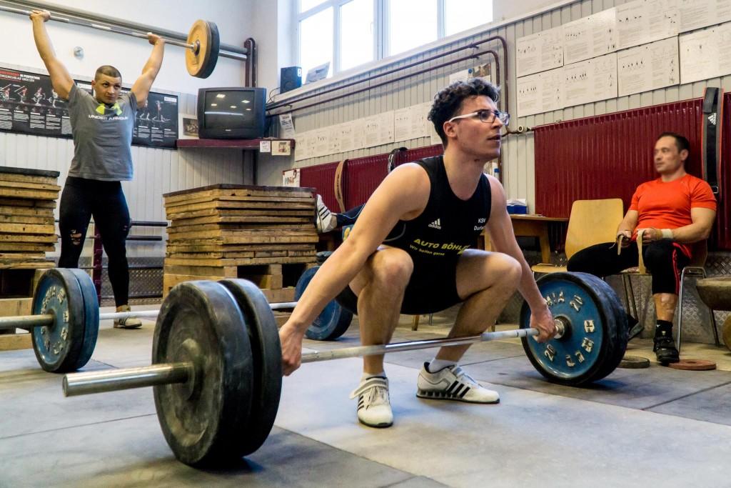Lerne Gewichtheben von Profis - im Intensivkurs olympisches Gewichtheben